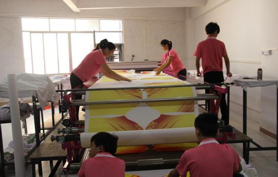万博mantex官网体育运动衣生产流水线